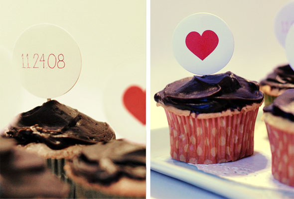 So in honor of the cupcake here 39s a free customizable template to make your