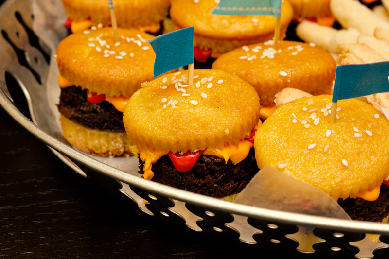 Hamburger Cupcakes And Cookie French Fries Sarah Hearts