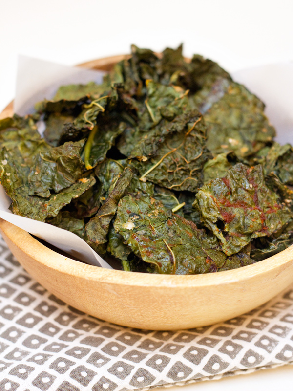 Easy Sriracha Kale Chips Recipe - Sarah Hearts