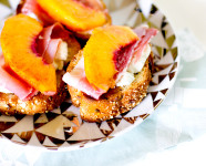 Peach Goat Cheese Prosciutto Crostini Recipe