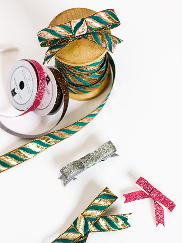 DIY Ribbon Bows from Sarah Hearts