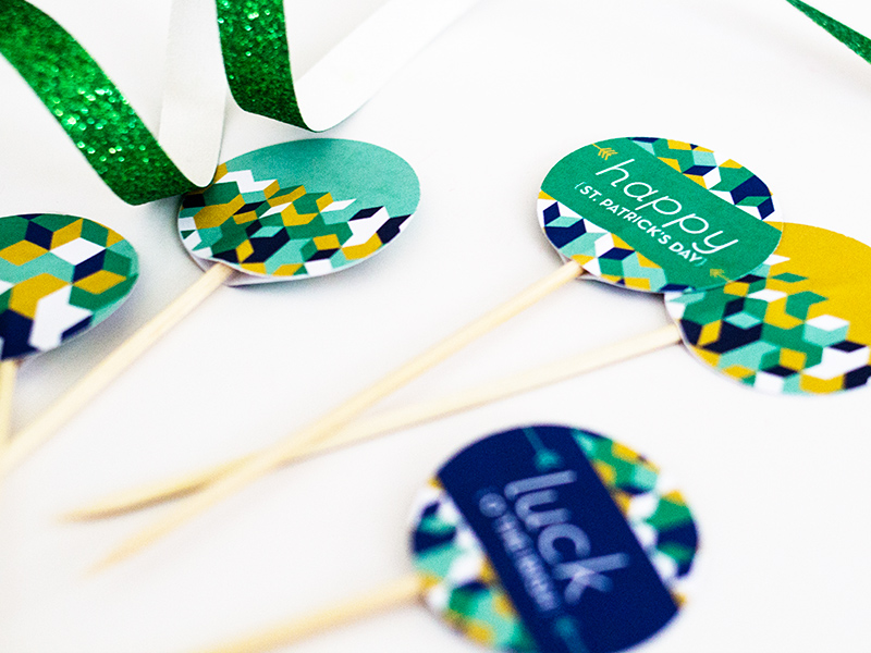 Sarah Hearts | DIY St. Patrick's Day Printable Toothpick Toppers