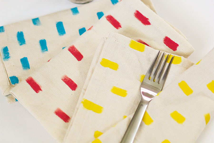 Anthropologie Inspired DIY Napkins | Sarah Hearts