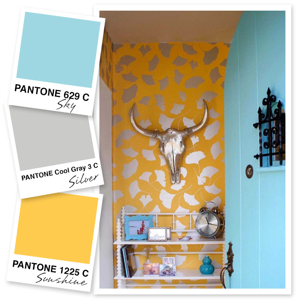 I'm a fan of brightly painted front doors and bold patterns so it's no  wonder I love this color palette too.