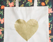 DIY Gold Glitter Heart Tote Bag