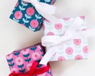 Printable Mod Floral Gift Wrap