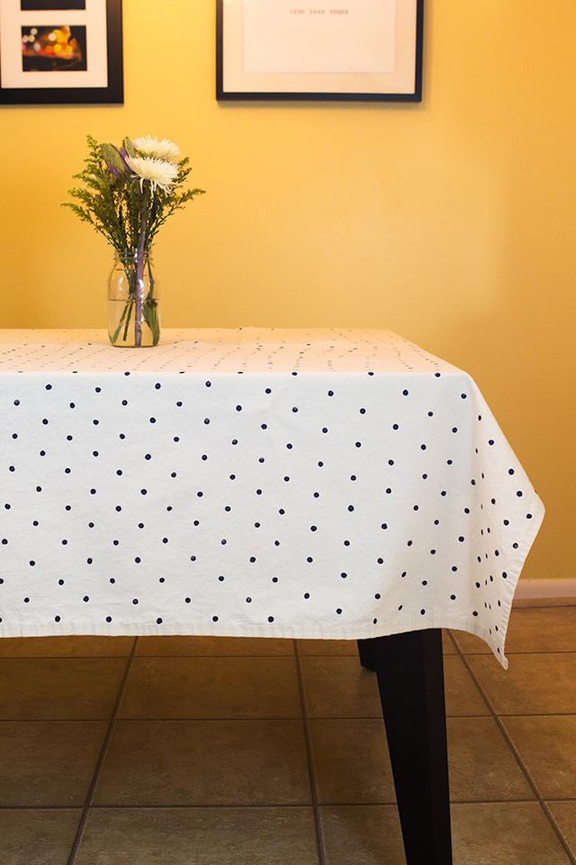 DIY Polka Dot Stamped Tablecloth Sarah Hearts - Kate spade table linens