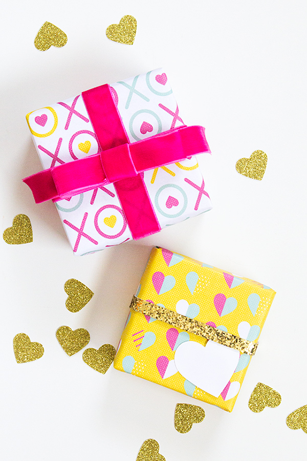 Make your Valentine's Day even more special by using this free printable gift wrap!