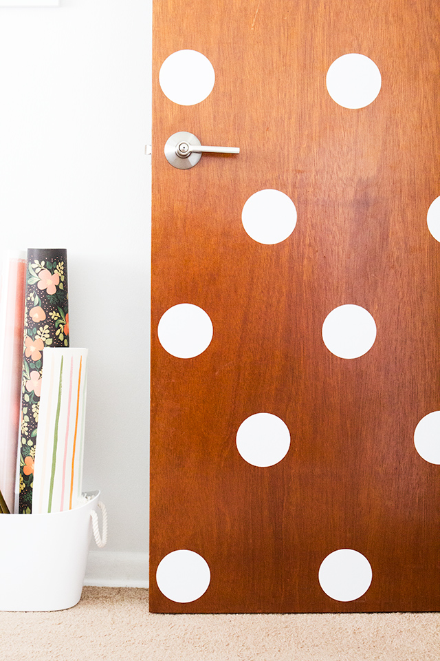How cute is this polka dot door? Can't wait to try this at home!
