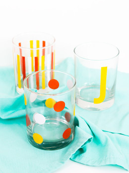 Learn how to create your own set of cute modern drinking glasses in this video tutorial.