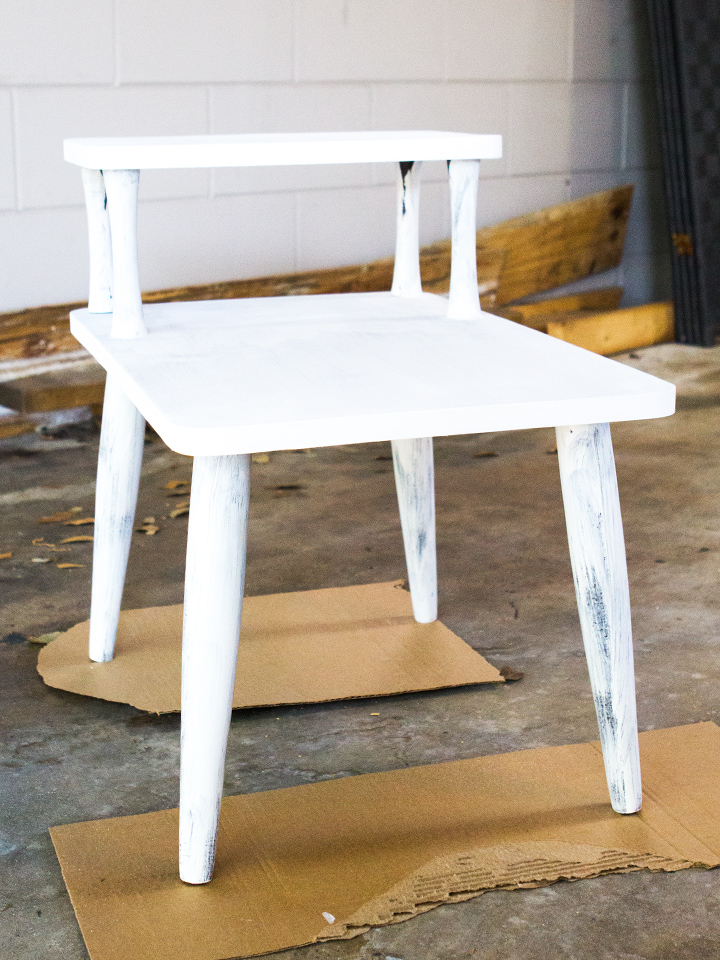 chalk paint is perfect for wood and laminate pieces a like no primer or