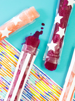 Celebrate the 4th of July by making some adorable stars and stripes freezer pops! Click through to see how they are made.