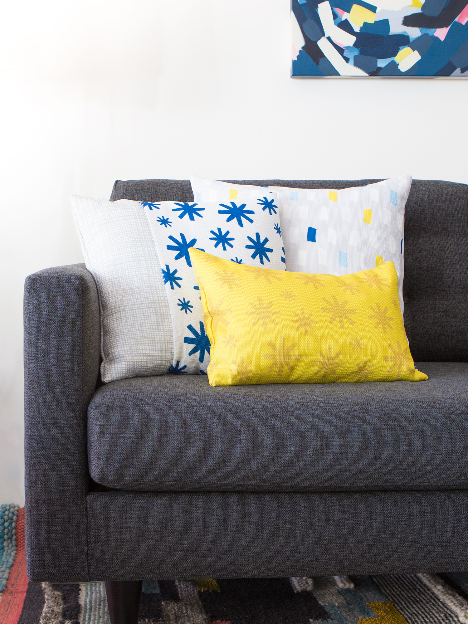 Learn how to create throw pillow covers without messing with zippers! Made with @zazzle & Easy DIY Throw Pillow Covers - Sarah Hearts pillowsntoast.com