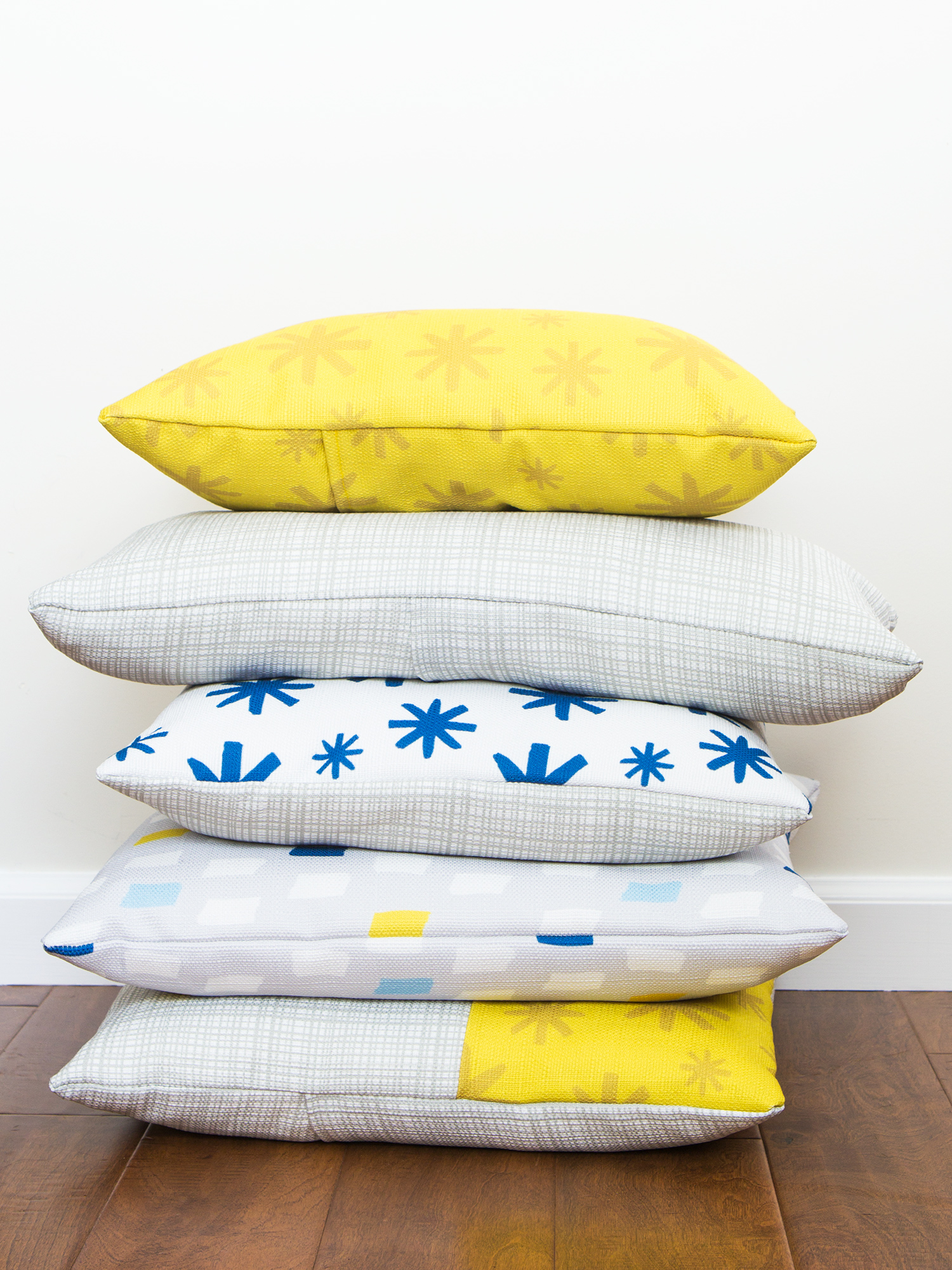 Learn how to create throw pillow covers without messing with zippers! Made with @zazzle
