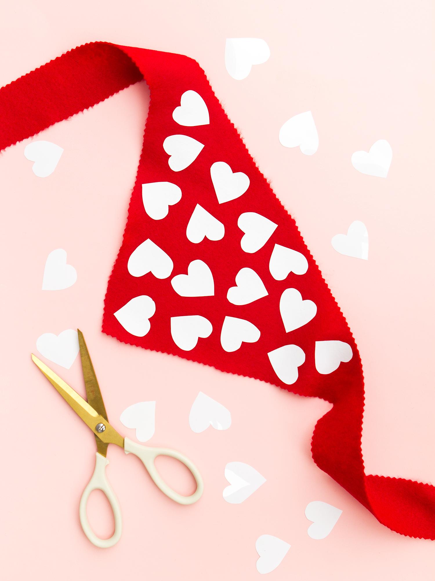 DIY Valentine's Day Heart Dog Scarf - Sarah Hearts