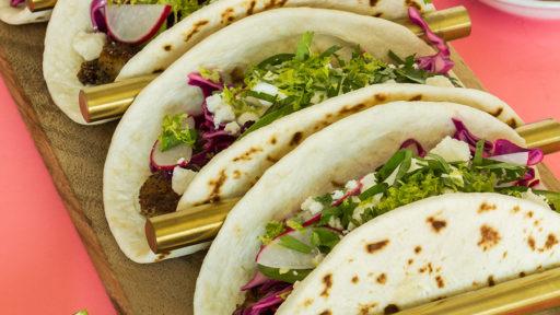 http://sarahhearts.com/wp-content/uploads/2016/09/shrim-tacos-6-512x288.jpg