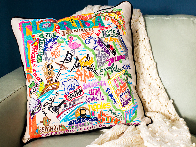 Catstudio Chicago Pillow - Geography Collection Home Décor 090(CS ...