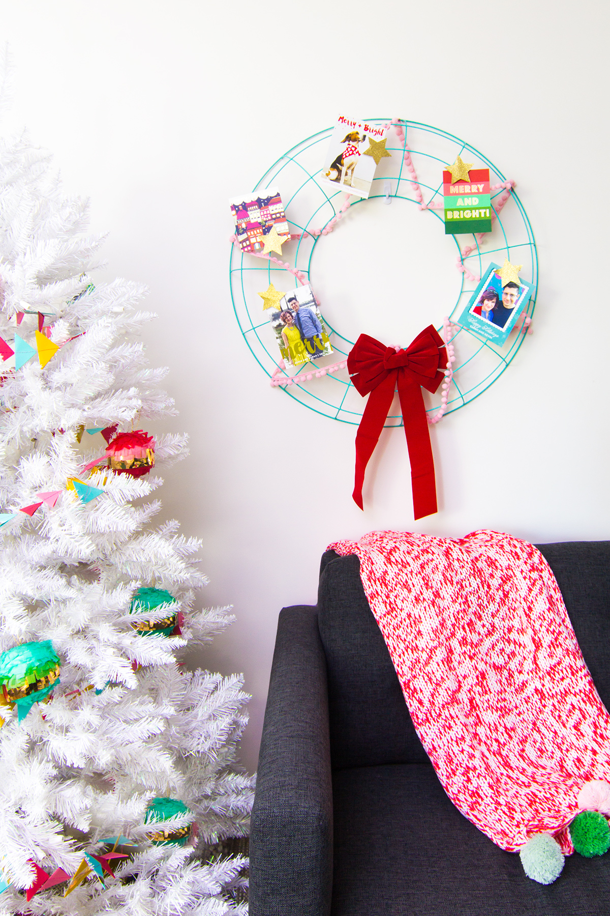 Diy Holiday Card Wreath And Photo Cards Sarah Hearts
