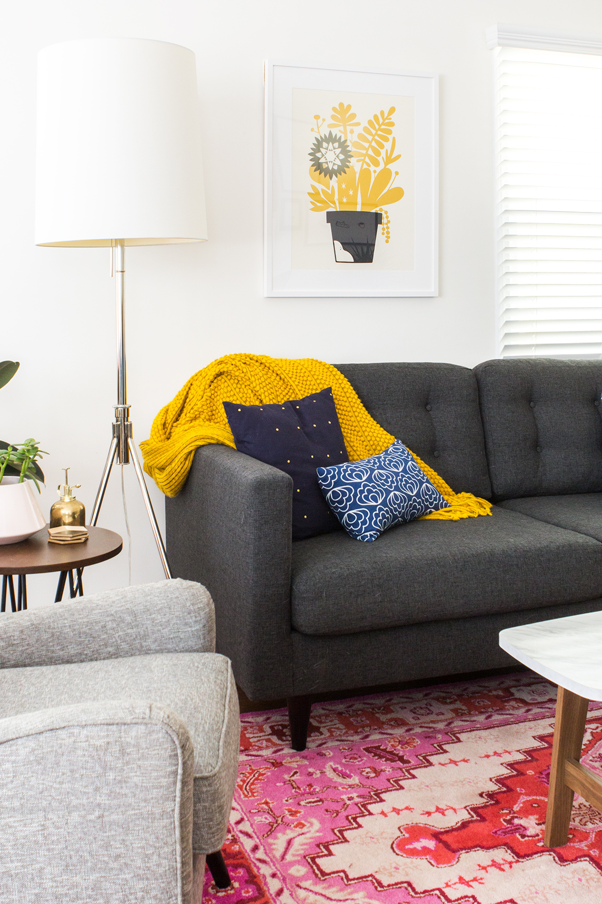 Take a tour of blogger Sarah Hearts' Venice, California rental bungalow.