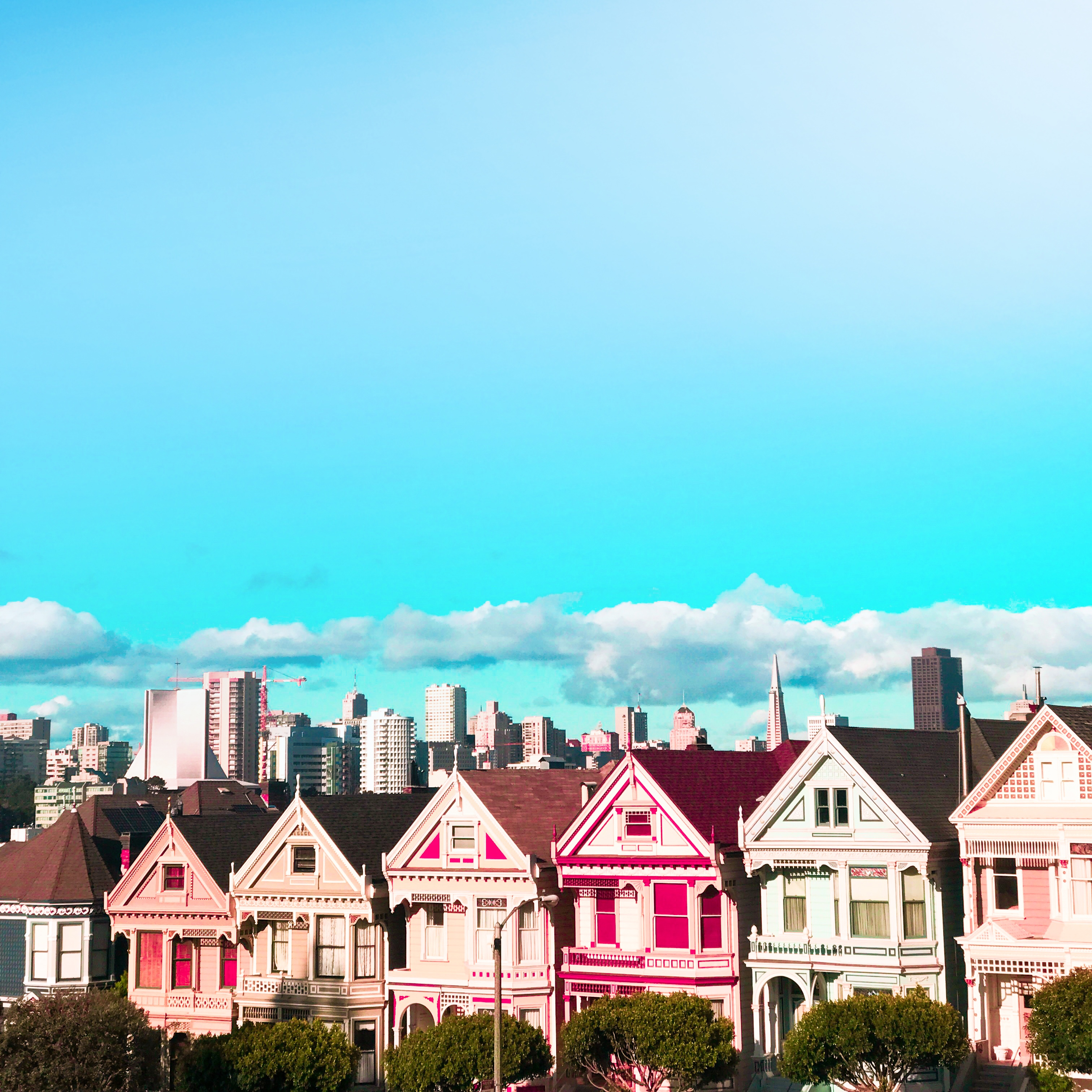A beautiful capture of the famous Painted Ladies in San Francisco.